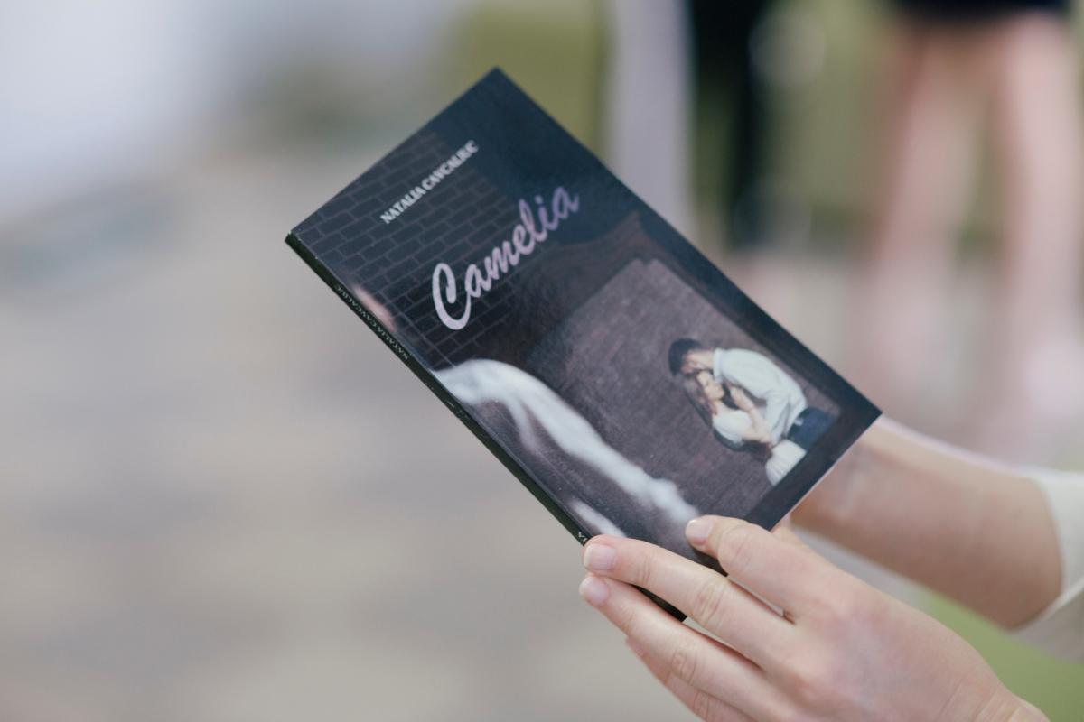 Camelia - romanul care m-a intrigat să-l citesc în 2 ore